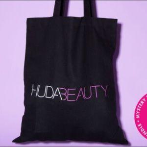 💗Huda Beauty Black Tote Bag